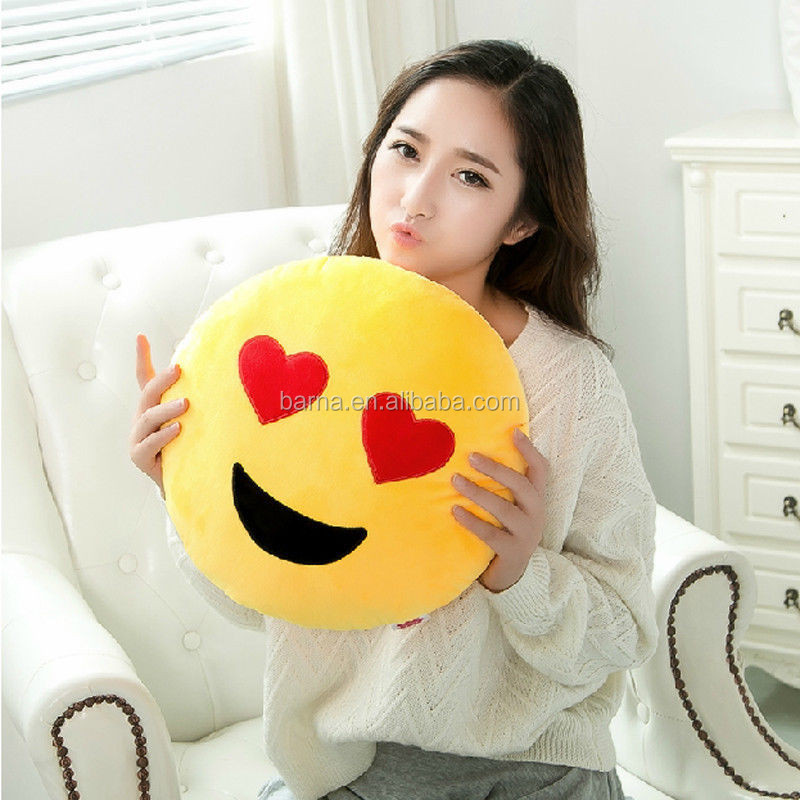 Quick Delivery new design custom plush emoji neck pillow cute emoj cushion pillow