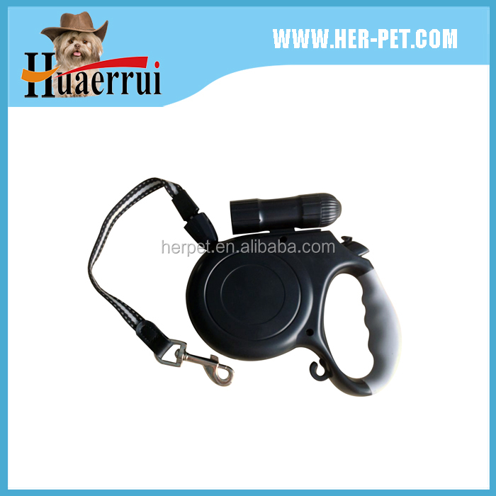 2016 Hot Wholesale Cheap Wholesale Gold Auto Retractable Dog Leash With Flashlight And Bag
