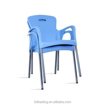 2018 latest colorido empilhável sillas de plástico ao ar livre de