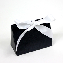 Wholesale Custom Printing Luxury Ribbon Tie Gift Bags