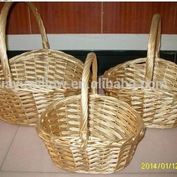 Golden Color Basket Decoration For Christmas Wicker Gift Basket - Buy  Basket Decoration For Chrismas Wicker Gift Basket,Hotsale Wicker Sundries  ...