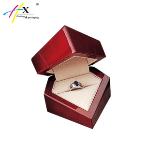 Fancy Design Custom Jewelry Wooden Gift Box for Ring Display