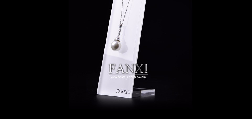 Fanxi China Supplier Fashion Organic Glass Jewelry Necklace Holder ...