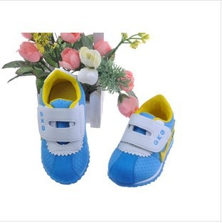 2014 Hot Sale New spring and autumn kids shoes sneakers girls and boys simple sports shoes Retail