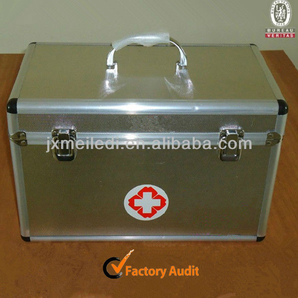 High quality Silver Aluminum First Aid Kit with silk screen logo