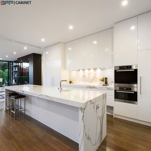White Lacquer Customized modern Kitchen Cabinet with blum hardwares