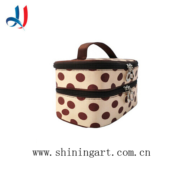 2017 Hot Sale Funny Makeup Bag Cute Dot polyester Cosmetic Bag