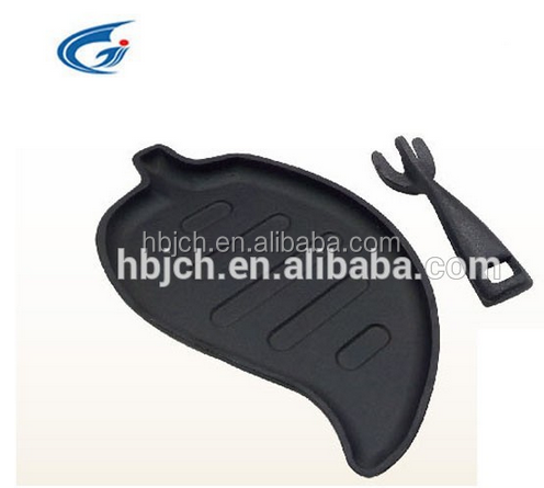 leaf shaped cast iron sizzling plate/steak pan from Hebei JICHANG trading company