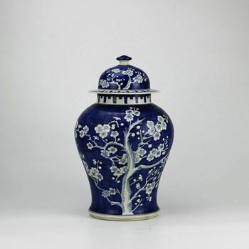 Chinoiserie Jingdezhen Blue And White Ceramic Vases Buy Ceramic