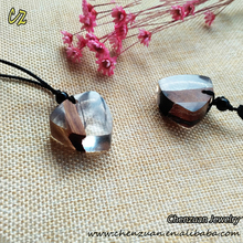High quality resin jewelry Wood Resin Pendant Charm Necklace