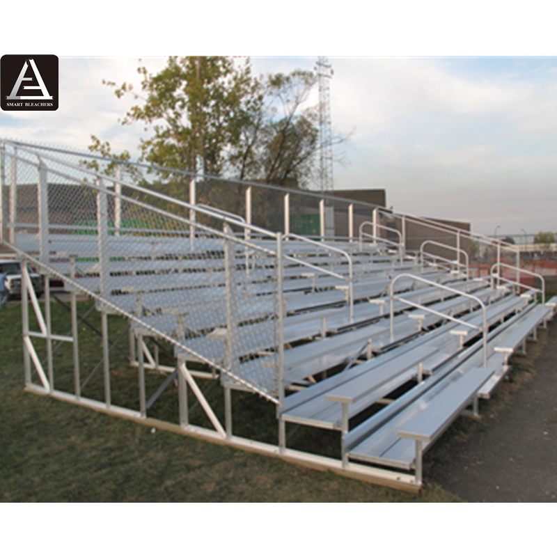 Portable aluminium Indoor gym bleachers with wheels