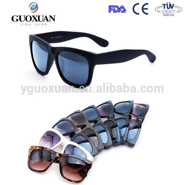 Promocional borracha pintura china fornecedor wayfarer óculos de sol ... c2baf17625
