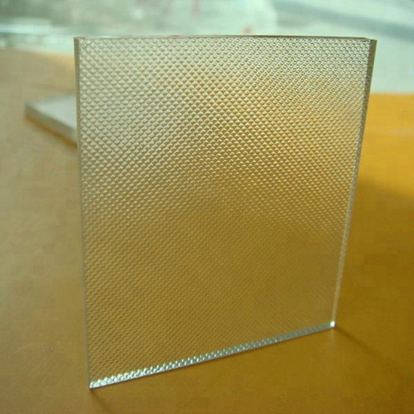 3.2mm Tempered Low Iron Patterned Solar Glass