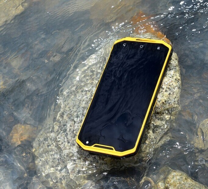 New Product Military Quad Core 2GB+16GB 6.0inch IPS screen MTK a8 android 4.2 ip68 rugged waterproof mobile phone