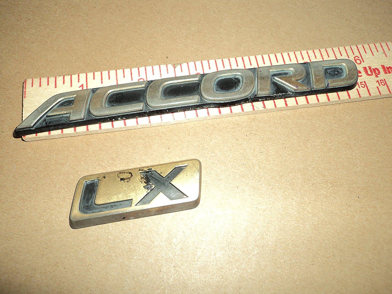94 95 96 97 Honda Accord—Trunk Badge Nameplate Emblem