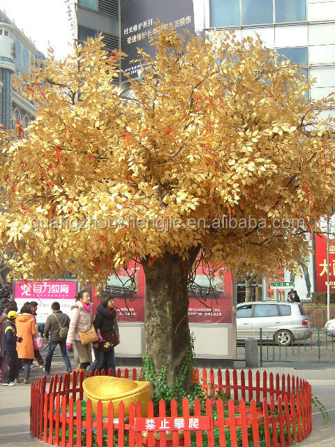 Professtional artificial tree manufacturer hot-sell fashion style shopingmall decorative golden artificial banyan tree
