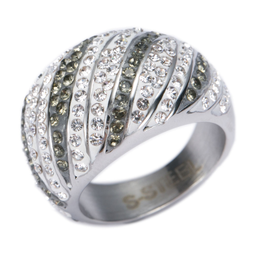 <strong>Black</strong> and white stainless steel crystal vintage ring for women