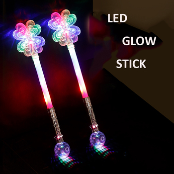 Christmas Design Led Flashing Light Stick Wand Toy for Kids Battery Operated LED Flashing Light Up Stick