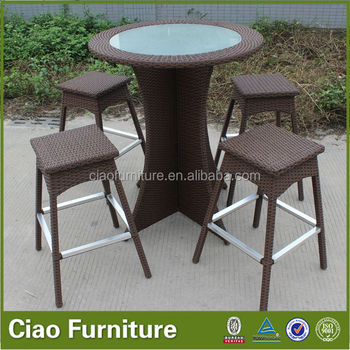 Großhandel Gartenmöbel Bar Set Mini Ratan Tisch Und Barhocker Buy