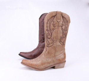 Custom logo Faux Leather Square Toe Western Style Women Cowboy Boot With Traditional Embroidery
