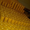 Wholesale good quality church natural 100% pure beeswax pillar candle for church,home decoration