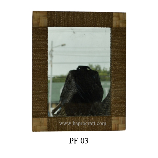 Picture frame (PF 03)