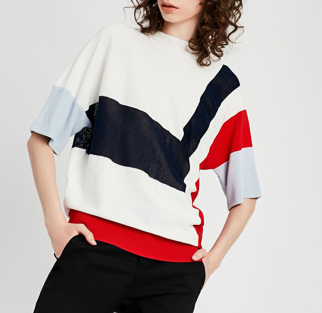 Asymmetrical Contrast-Color Loose-Knit Cotton T-Shirt