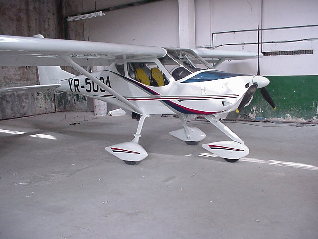 Ultralight Aircraft   Icarus Foundation F99
