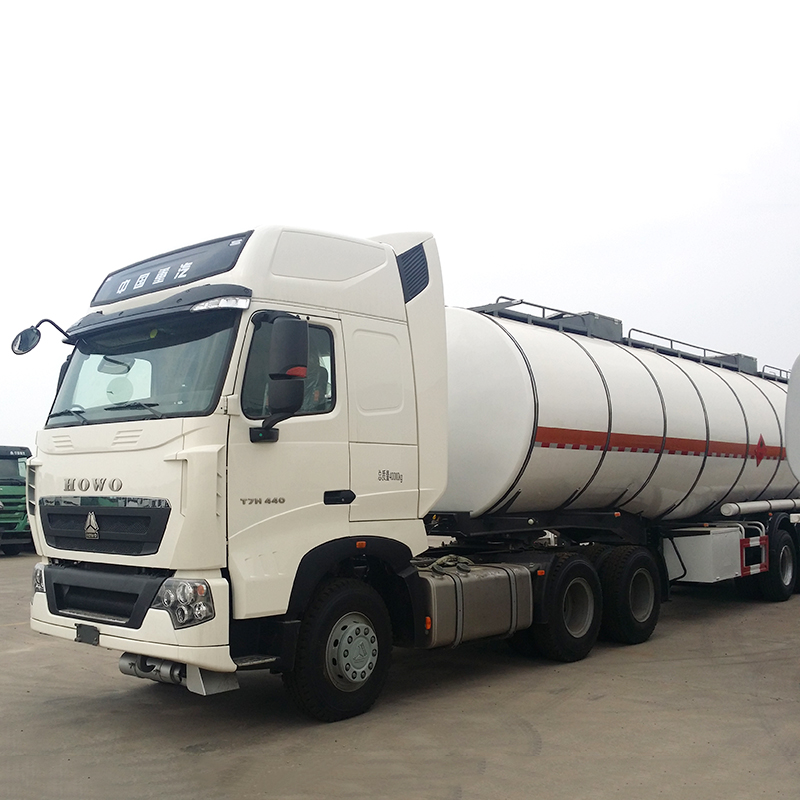 Jinan factory HOWO 40 ton tractor truck head 6*4 available