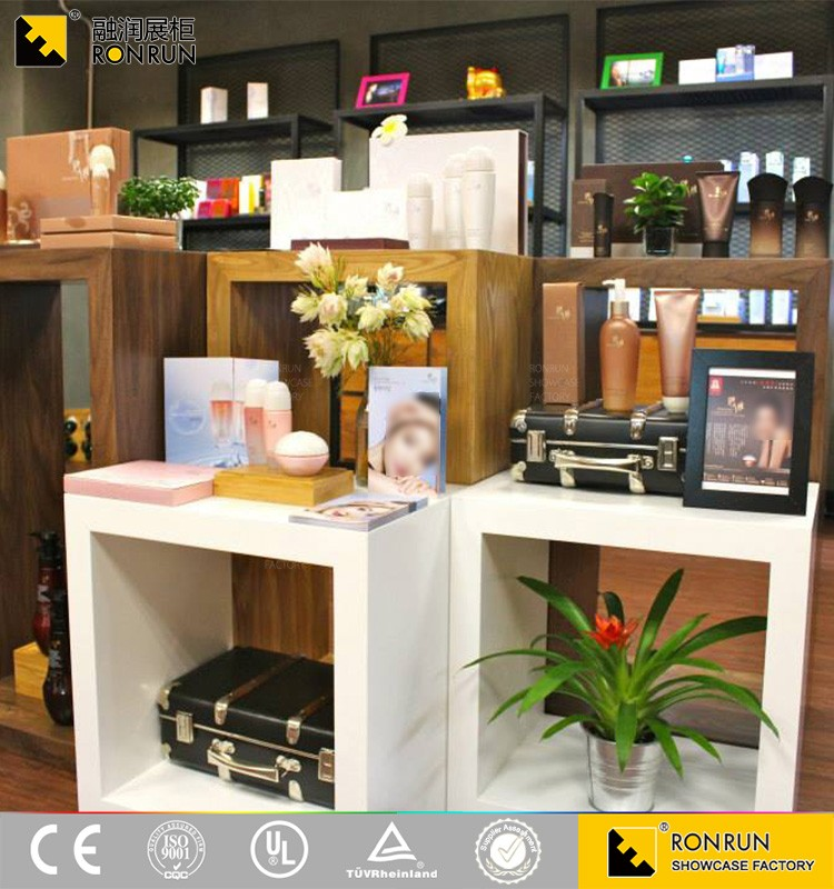 RCF1164 2017 New Creative Design Good Quality Cosmetic Perfume Salon  Shampoo Cabinet Beauty Salon Cabinets