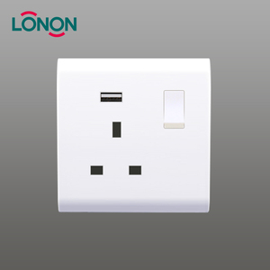 Factory wholesale 13a 250V 1 gang 3 pin bs Switched socket with USB outlet