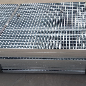 Hot sale customized hot dip galvanized mild steel grate with cheap  price,heavy duty weld floor/stair steel bar grating plate