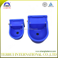 Plastic Cow Drinking Bowl For Animals 9.3L and 4L manufactured in Terrui Factory