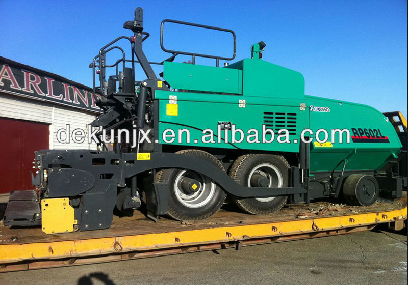 New Asphalt Road Paving Machine 6M Width 13Tons Hopper XCMG RP602 Paver For Sale