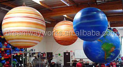 inflatable_globe_planets.jpg