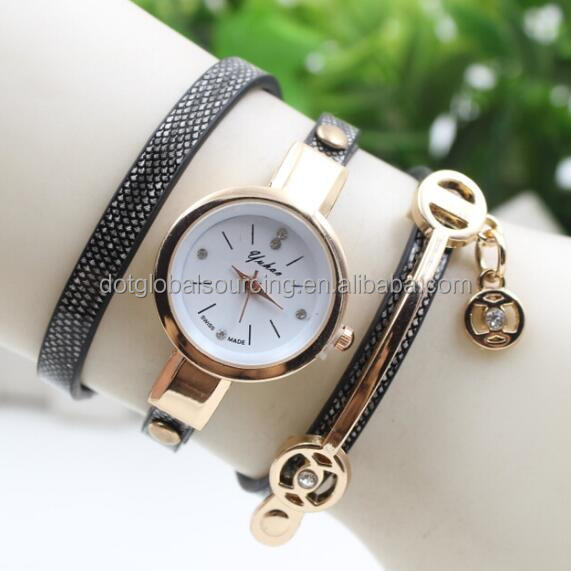 Hot Selling Crystal Vintage Leather Strap Quartz Watches Lady Bracelet Wristwatch Slim Stone Women Watch