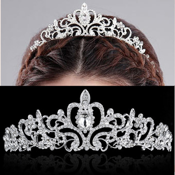 Gehobenen Luxus Voller Diamanten Tiara Krone Der Braut Hochzeit ...