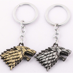 Wholesale Stark Family crests Logo Keychain Metal Wolf Head Targaryen Dragon Pendant Game of Thrones Keychain