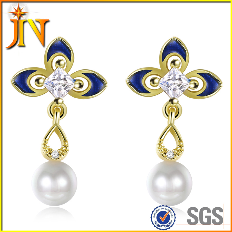 EG002 JN Fashion yiwu Austrian Crystal Clover Stud Earrings elegant pure pearl jewelry vintage Design for women bridal