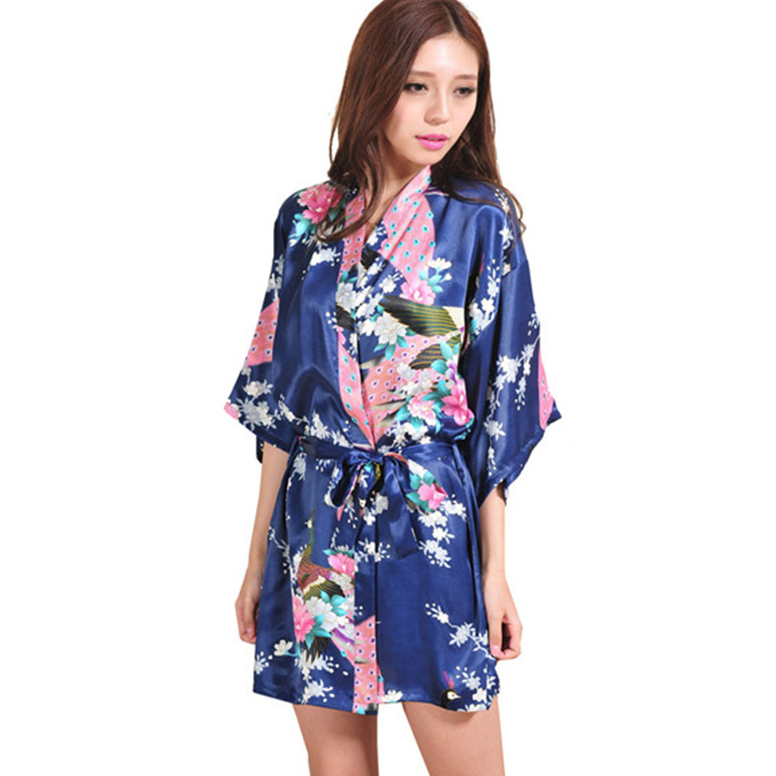 Kimono Yukata Market Sakura is one of the largest online kimono stores in the world. We have 10, fans in over 77 countries and they enjoy our kimonos every day. We always stock more than 1, designs of yukata kimonos, traditional Japanese kimonos, obi belts, hakama pants, and so on.