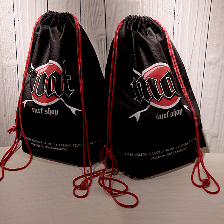 promotional customized Cheap price designer foldable draw string shoulder non woven nylon Gym Sports travel Bags with logo