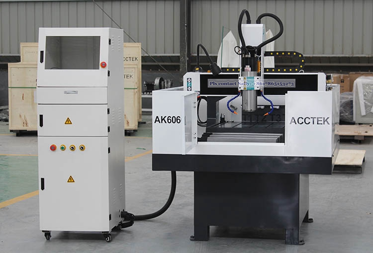 cnc machine for mold.JPG