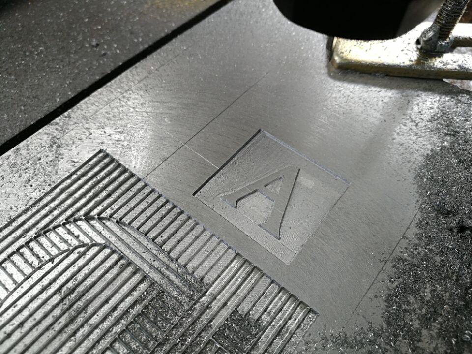 4axis small cnc machine.jpg