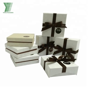 China Manufacture Handmade Elegant Fancy Paper Jewelry Box with Ribbon