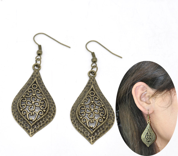 Classic China Vintage Antique Bronze Drop Dangle Earrings
