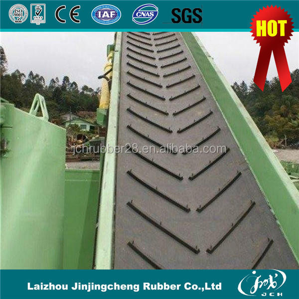 High Quality Oil and Abrasion Resistant EP Fabric Rubber Chevron Conveyor Belt Factory Price