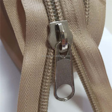 Wholesale High Quality Zip With Oeko Tex 100 Certificated Plastic Nylon Bobbin Zipper Rolls No 5