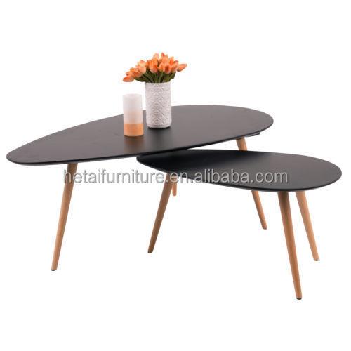 Mdf salontafel met 3 eiken houten poten, heldere kleur koffie tafels nest, eivorm set salontafel