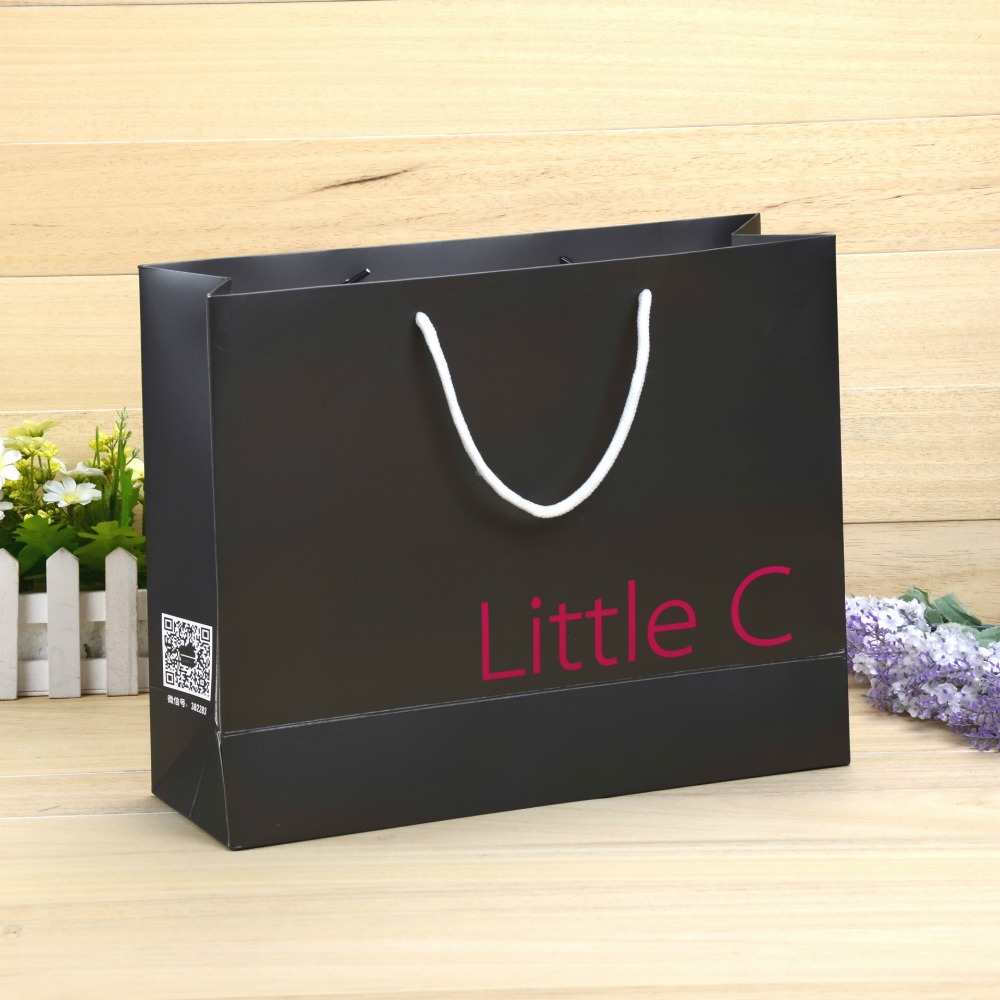 2017 high quality Paper gift Bag