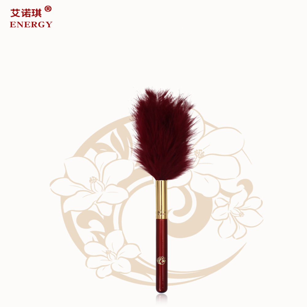 2017 Privated label Wood handle Turkey feather long hair powder makeup brush